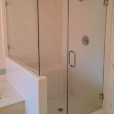 Shower Doors / Enclosures